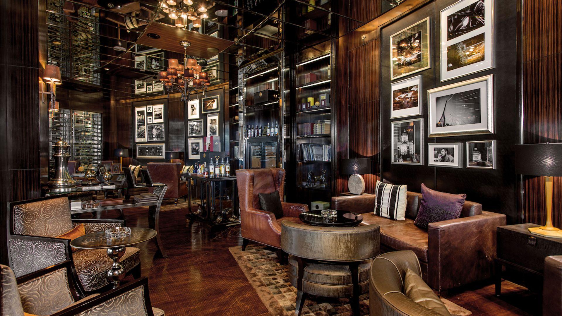 Cigar Bar Near Siam Square Humidor Cigar Bar