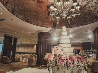 Eloquent wedding venue design for a wedding reception at the Intercontinental Bangkok Hotel